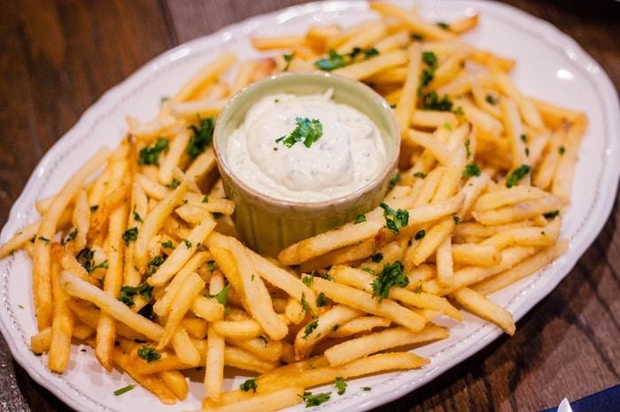 không nên ăn khoai tây chiên khi giảm cân