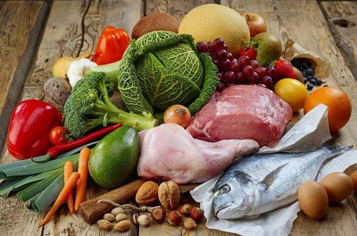 Cần phải bổ sung đầy đủ dưỡng chất để cơ thể khỏe mạnh và tăng cân tự nhiên.