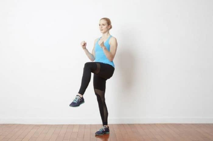 Giảm mỡ bụng và đùi hiệu quả với động tác này.
