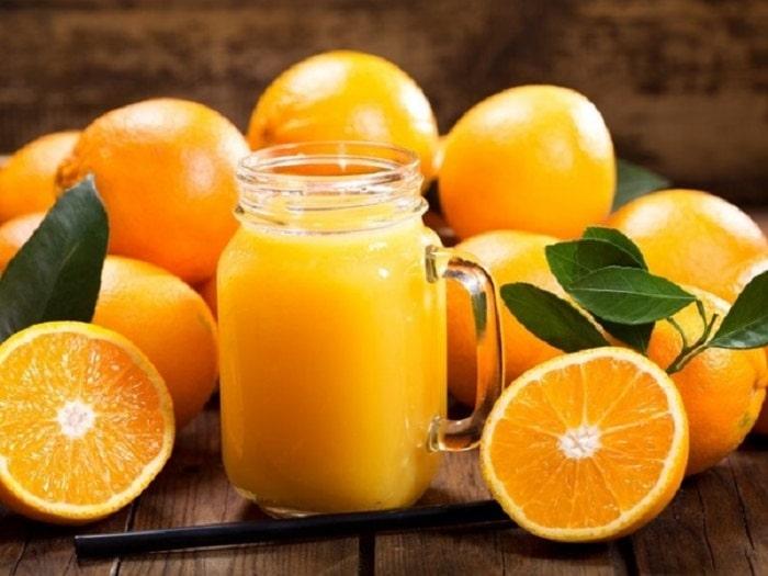 Cam là thực phẩm giàu chất xơ và nhiều vitamin.