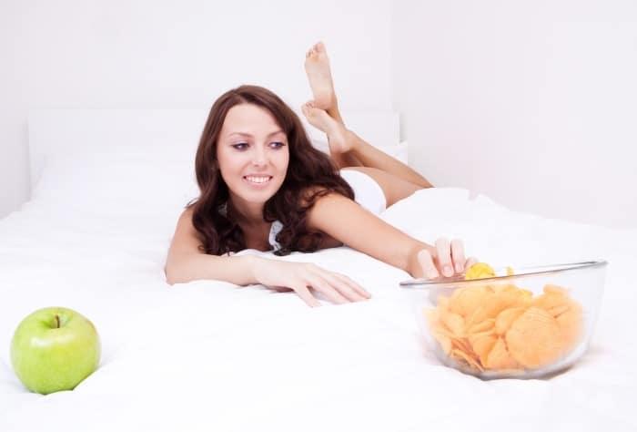 Tuyệt đối không được nằm sau khi ăn.