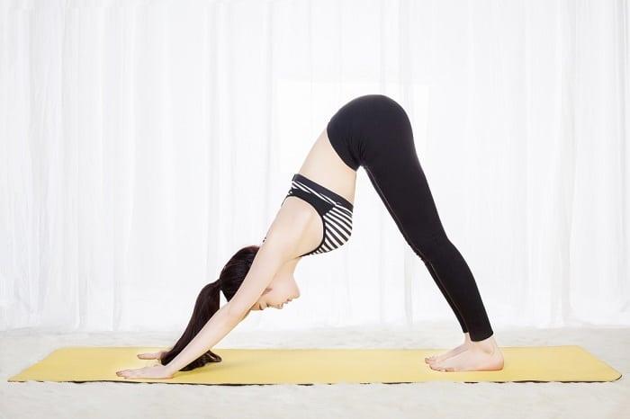 Tư thế yoga úp mặt