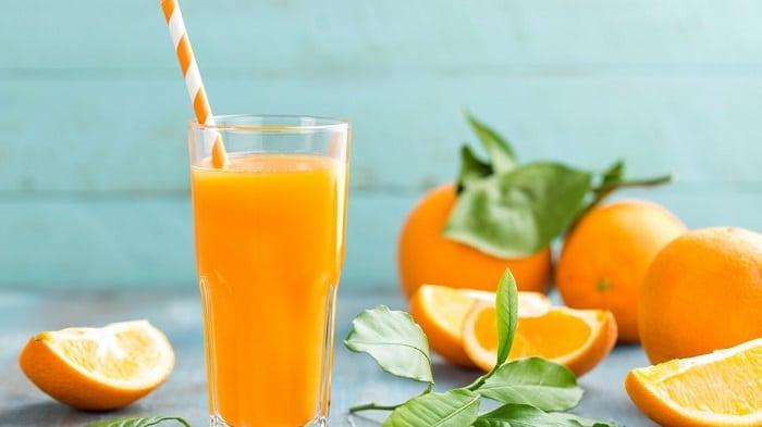 uống nước cam buổi sáng có giảm cân không