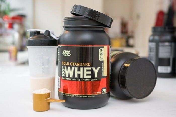 Whey Protein hay đạm protein được gọi chung là đạm, bột váng sữa.