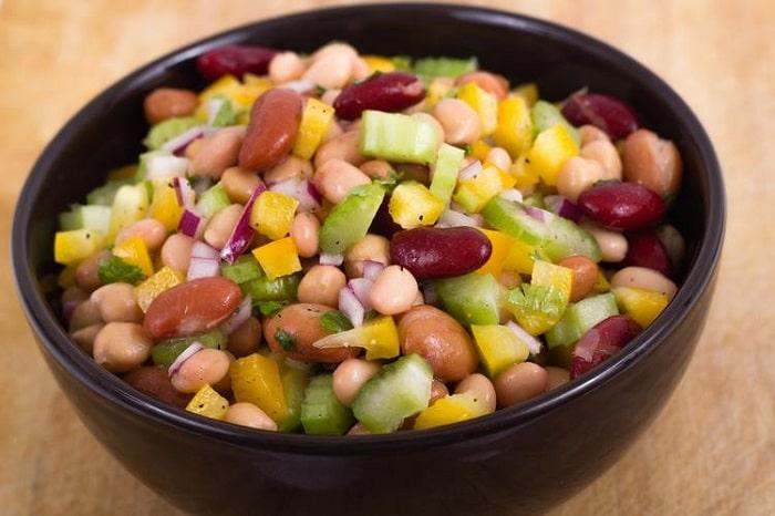 Các loại đậu hay cà chua có thể giúp bạn giảm cân sau Tết hiệu quả.