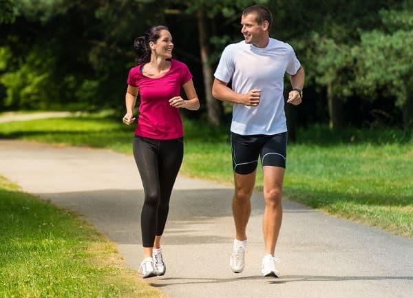 Tập thể dục và vận động thường xuyên để giúp cơ thể sau giảm cân vẫn săn chắc, cơ bắp không chảy xệ.