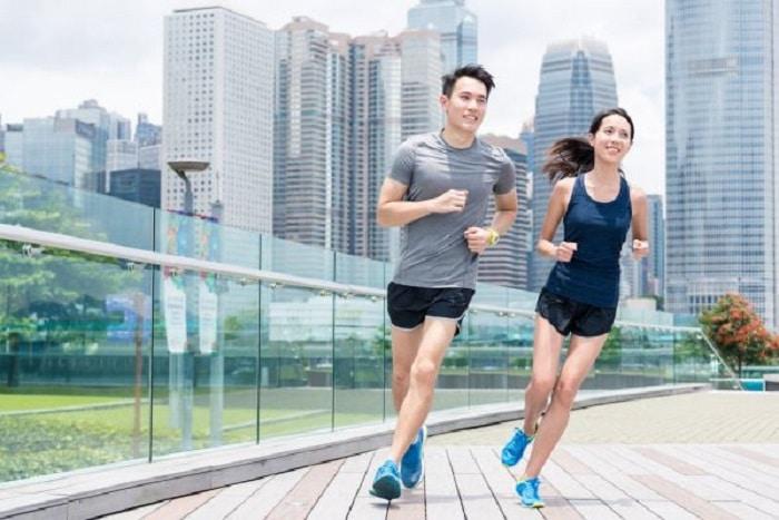 Chạy bộ là phương pháp luyện tập hiệu quả để bạn giảm mỡ bụng.