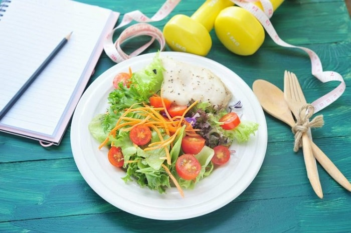 Bữa trưa nên ăn gì để giảm cân?