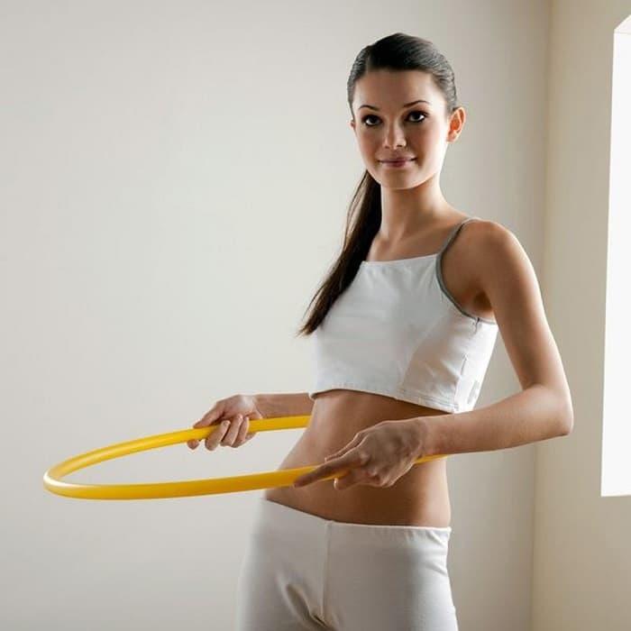 Lắc vòng có thể giúp giảm mỡ bụng và làm to mông cũng như vòng 1.