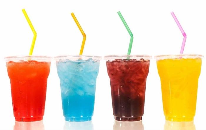 Nước ngọt hay soda vừa không tốt cho sức khỏe vừa không giúp bạn giảm mỡ bụng.