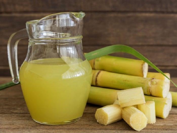 Mía, nước mía không chất béo mà nhiều chất xơ tốt cho người nào đang ăn kiêng giảm cân.