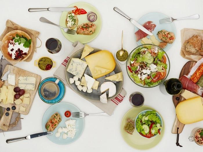 Xây dựng chế độ dinh dưỡng hợp lý để vừa giảm mỡ bụng, mỡ mặt và cằm.