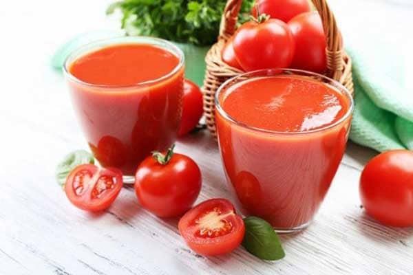 Nước ép cà chua vừa giảm cân mà còn đẹp da.