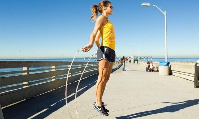 đi bộ 30 phút giảm bao nhiêu calo