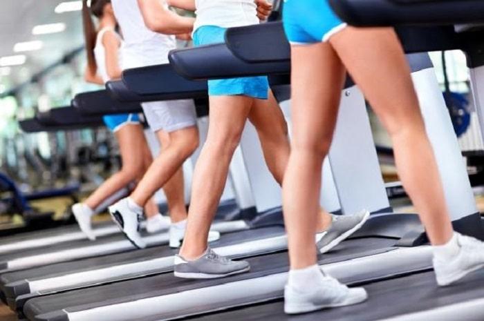 chạy bộ 30 phút giảm bao nhiêu calo