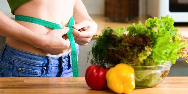 Kết hợp song song với chế độ ăn uống và tập luyện thì giảm cân mới an toàn và hiệu quả.
