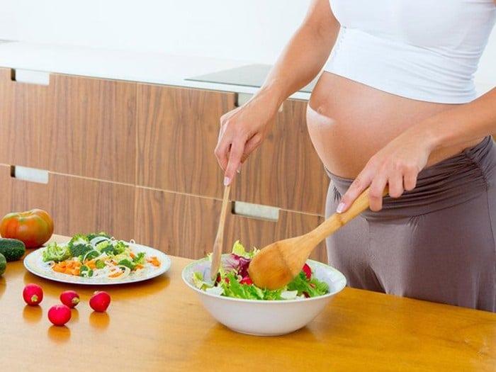 BMI không thể tính chính xác đối với phụ nữ mang thai và cho con bú.