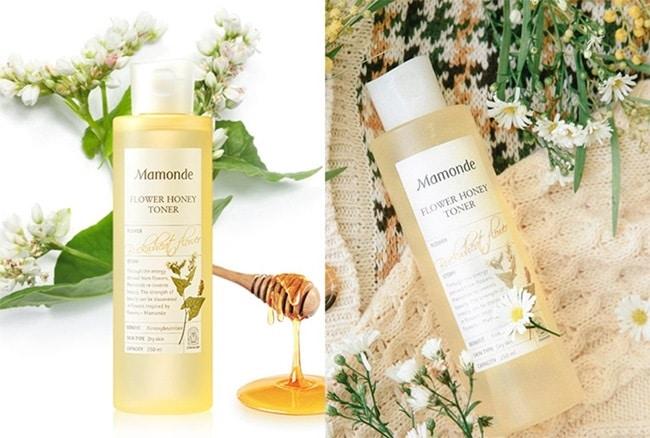 Với thành phần chứa keo ong – giúp da khô luôn trong tình trạng ngậm nước, ẩm mịn.