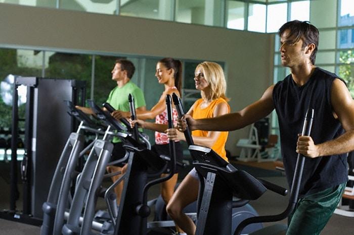 tập gym buổi sáng có giảm cân không