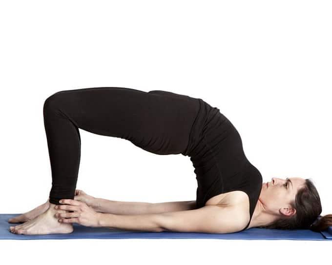 Yoga cho bà bầu tư thế cây cầu