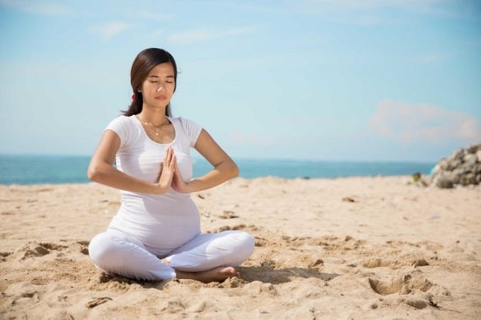 Yoga cho bà bầu ở 3 tháng cuối