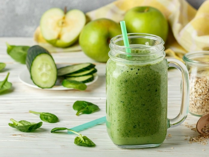 Nước ép táo và dưa leo nước uống buổi tối để giảm cân đẹp da.