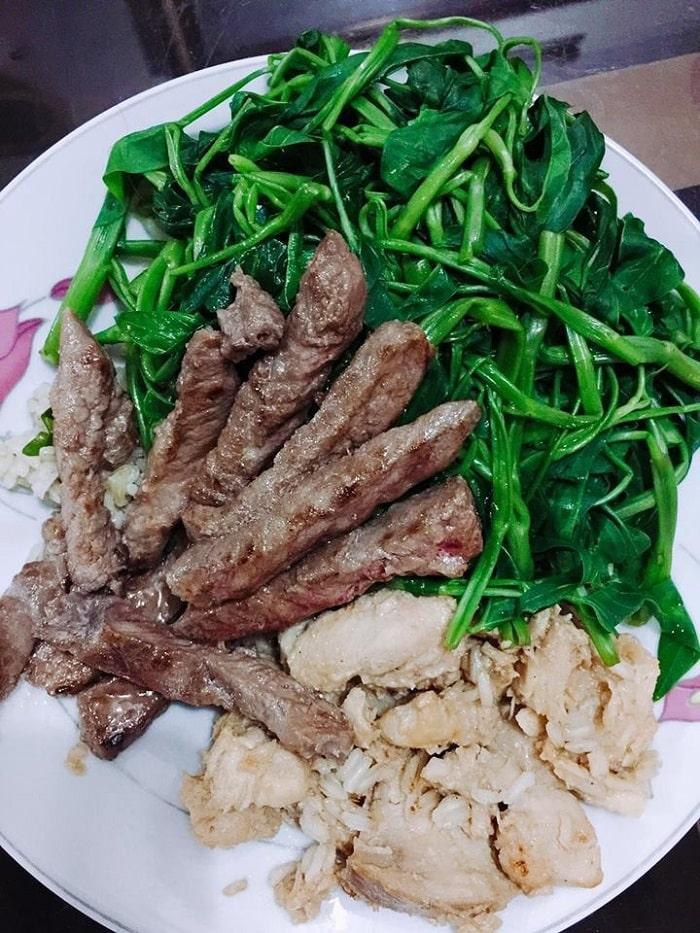 Đừng bỏ qua thịt bò trong thực đơn giảm cân ngon miệng nhé.