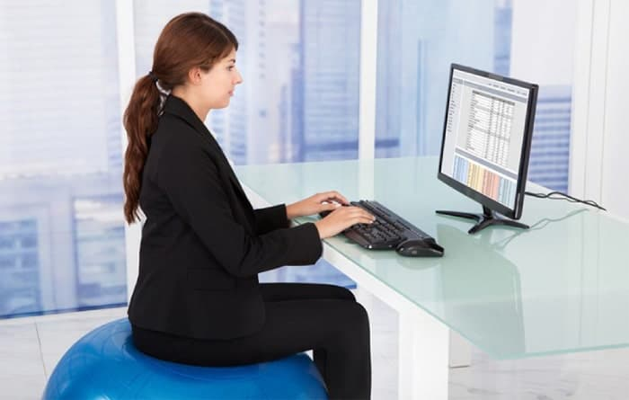 tư thế ngồi để giảm mỡ bụng