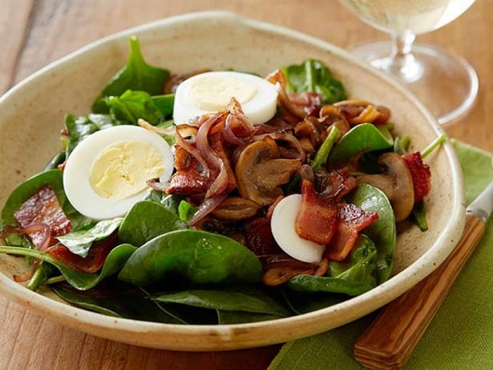 Chia thành nhiều bữa ăn nhỏ trong 1 ngày là bí quyết giảm cân không tăng lại.