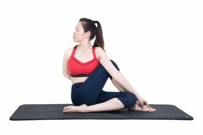 bài tập yoga trị đau lưng