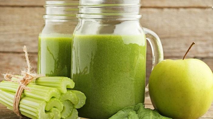 Giảm cân bằng nước ép cần tây và táo