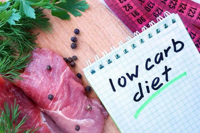 Hạn chế ăn tinh bột và đường để giảm cân hiệu quả