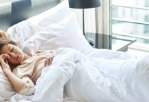 tư thế ngủ giảm mỡ bụng
