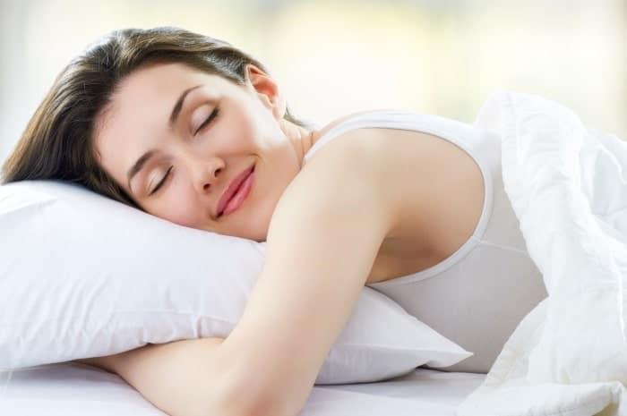 tư thế ngủ giúp giảm béo