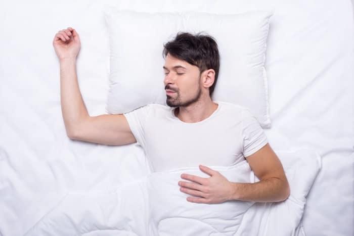 tư thế nằm ngủ giúp giảm cân