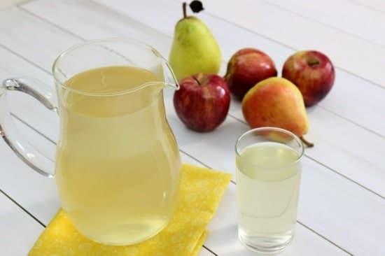 Nước ép táo và lê.