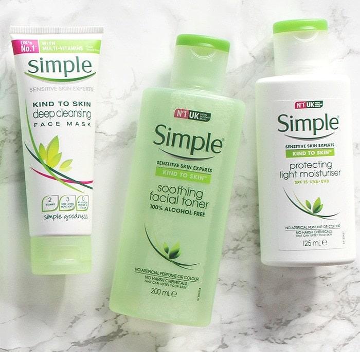sữa rửa mặt simple cho da khô
