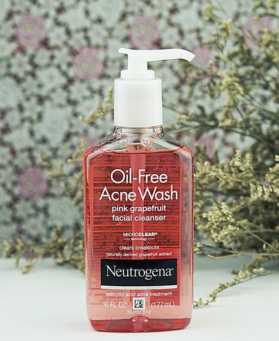 sữa rửa mặt neutrogena oil-free acne washmàu hồng