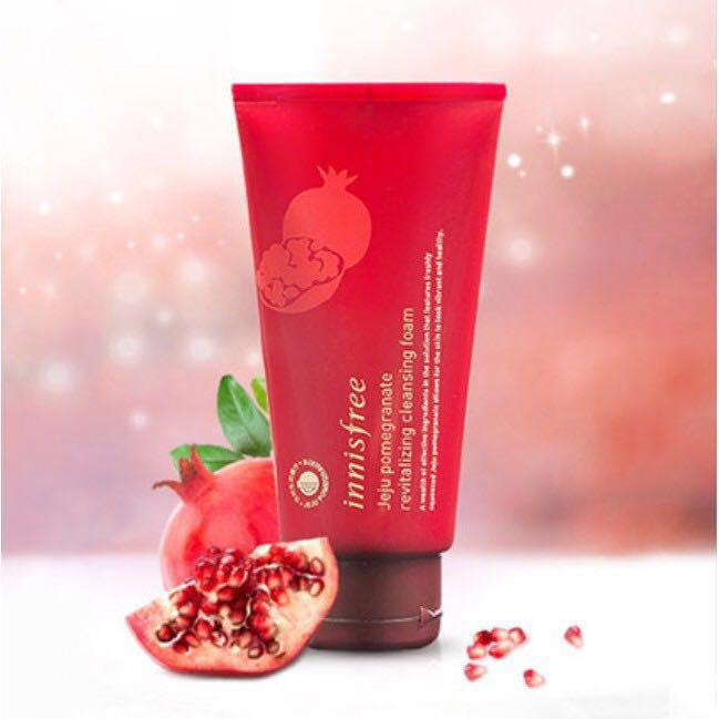 innisfree jeju pomegranate revitalizing foam cleanser