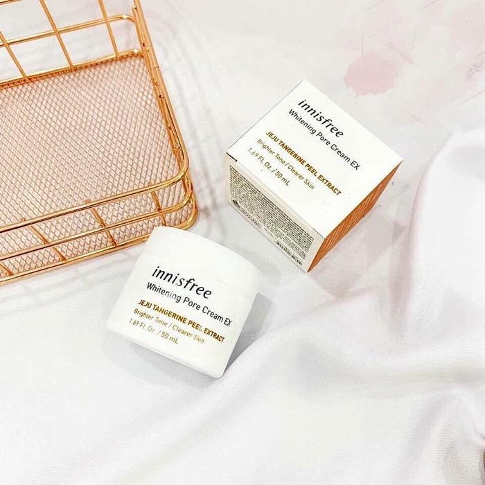 kem dưỡng trắng dainnisfree whitening pore cream