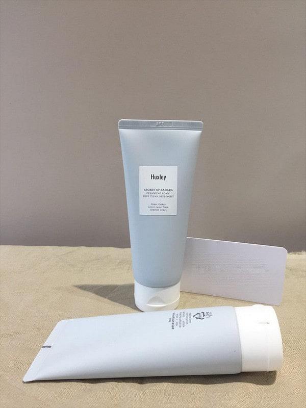 sữa rửa mặt huxley cleansing gel review
